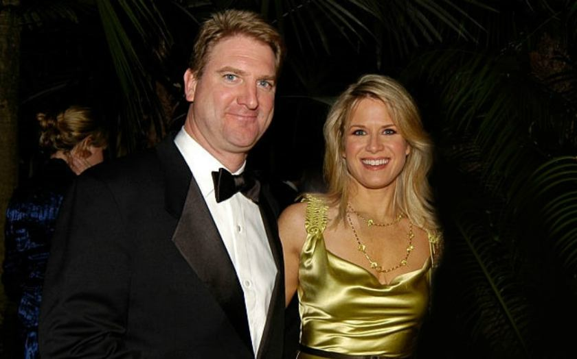 News Anchor started Marital Life with Husband, Daniel John Gregory for 22nd Aug 1992, Is Martha Mccallum still Married?