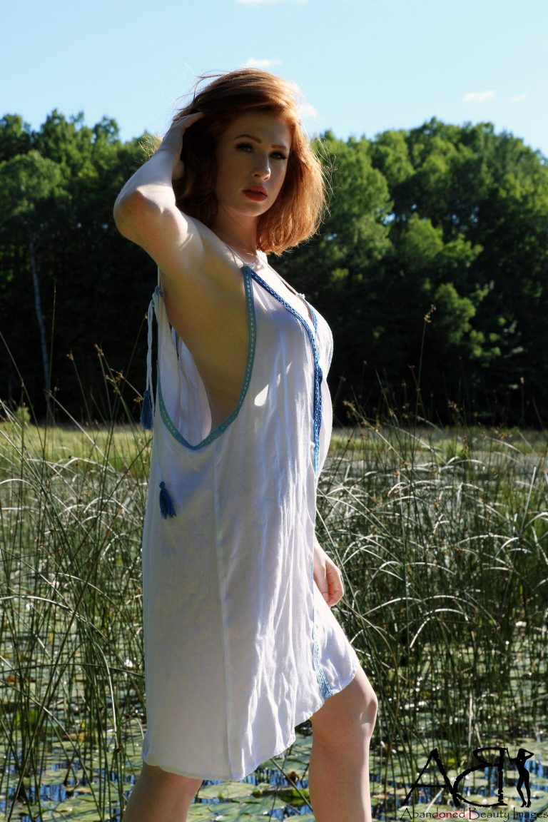 Alice Eve bikini - The Fappening!