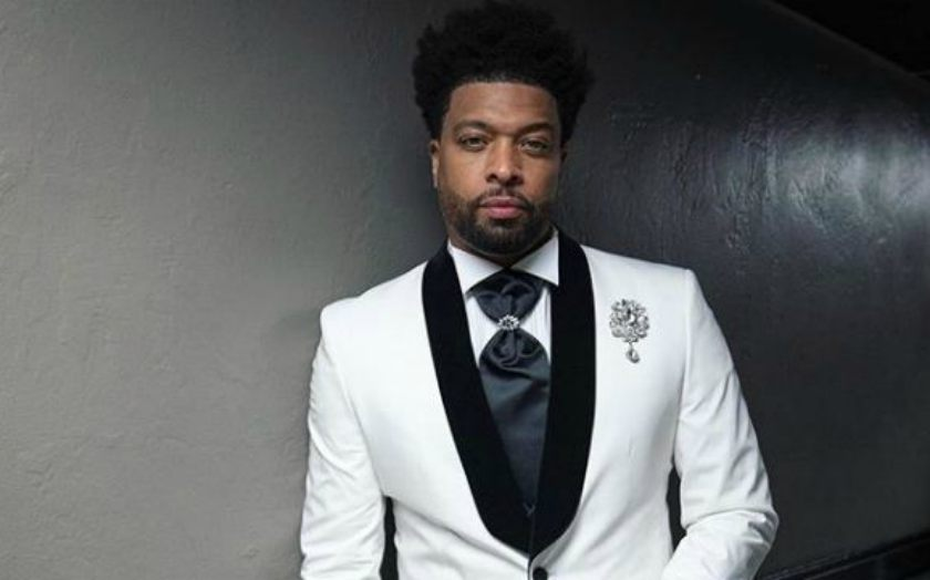 Who is Stand-up Comedian' DeRay Davis's Wife? How many Girlfriends does he have?