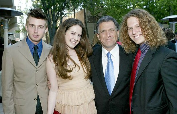 Sara Moonves with her father and siblings