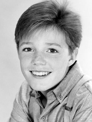 Mackenzie Astin's childhood photo