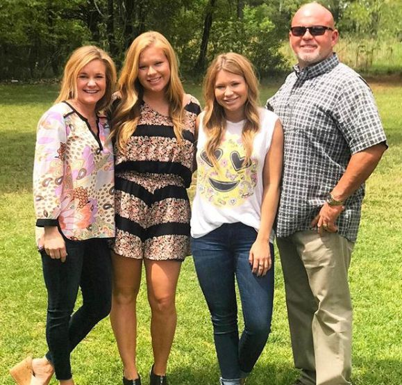 Mallory Gulley with her family (Mom, Dad & Sibling)