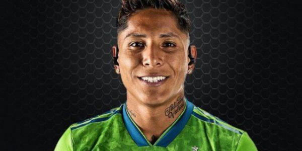 Raul Ruidiaz, Footballer