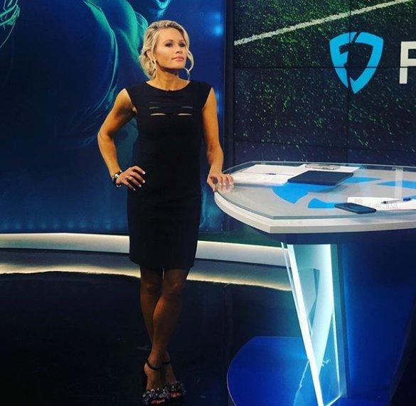 Lisa Kerney, Sportscaster