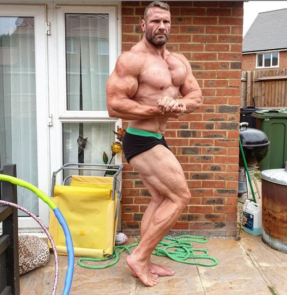 Terry Hollands showing up his body