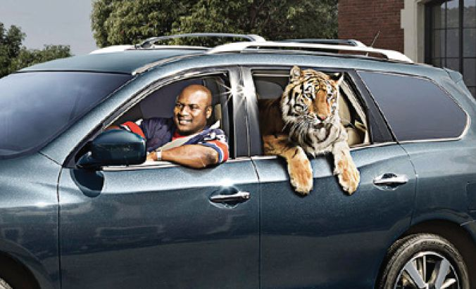 Bo Jackson doing ads with Tiger for new Nissan