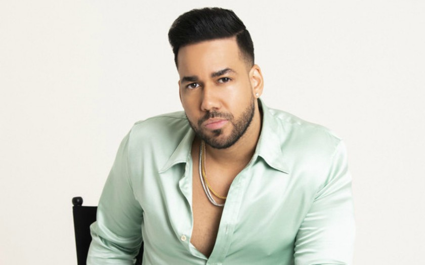 Who is the Bachata Band Aventura Romeo's lead Vocalist Romeo Santos Wife? The Proud father with no Marriage and Wife?