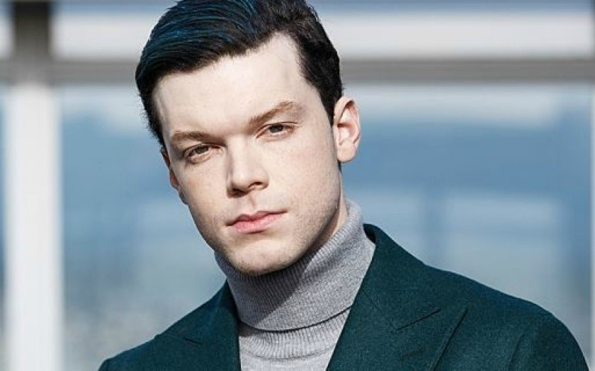 Who is American Actor and Model Cameron Monaghan Girlfriend? Is He Gay? Shameless Gay Character Break Up With His Girlfriend
