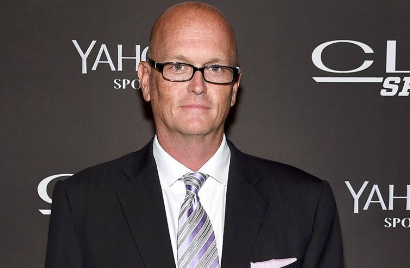 How much is American sportscaster, Scott Van Pelt Net Worth? Explore His Salary along with His Career