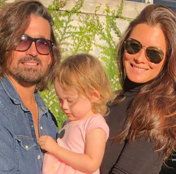 Sidney Torres with his wife, Selina White and daughter, Sefina