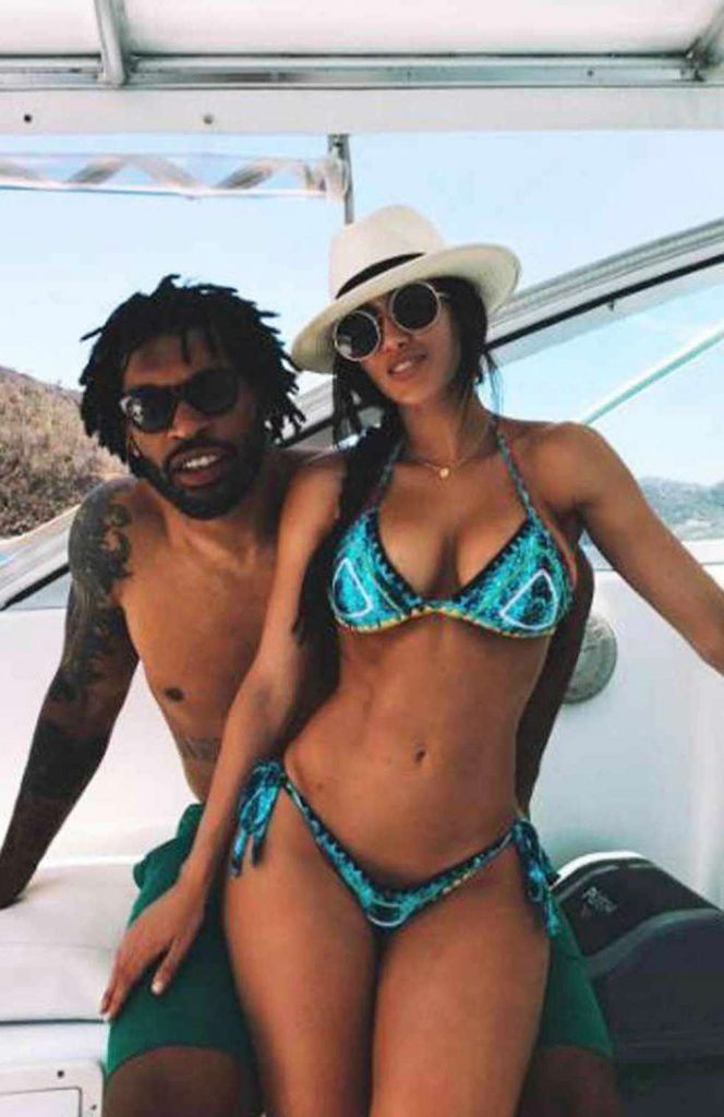 Julius Peppers enjoying vacation with his girlfriend