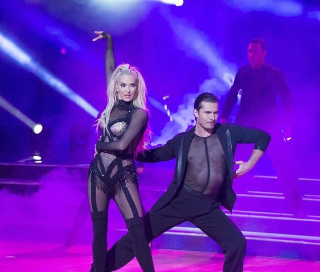 Tommy Zizzo's mother Erika Jayne performing dance with her co-partner