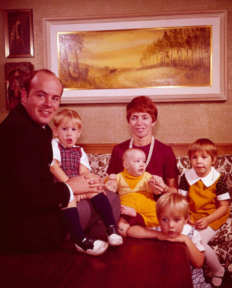 Charlene Conway's late husband with his first wife & kids