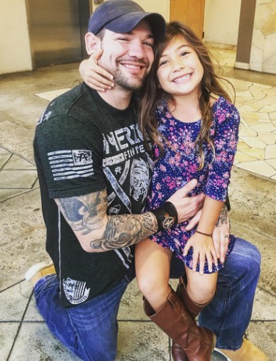 Maui's ex-husband Leland with his daughter