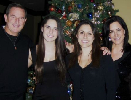 Paula Kalupa with her late husband Mark & their 2 daughters