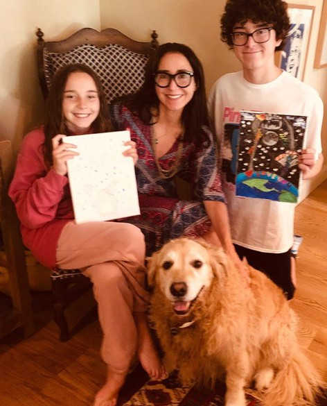 Marney Hochman with her children & their dog