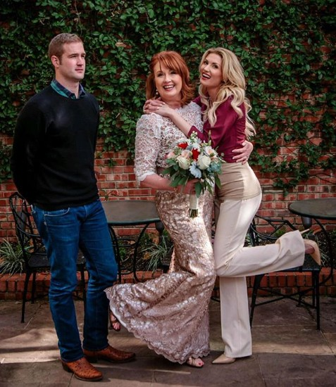 Morgan Chesky with her mother and sister in wedding day