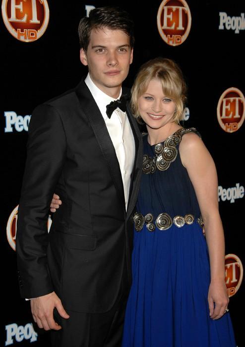 Josh Janowicz with his ex-wife Emilie de Ravin