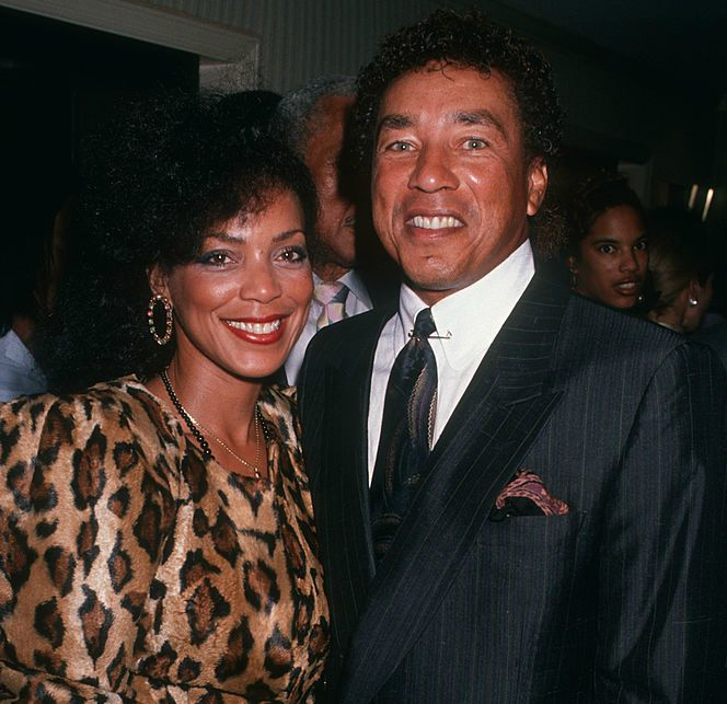 Singer Smokey Robinson and ex-wife Claudette Rogers attending 'United Negro College Fund Gala' on November 15, 1989 at L'Ermitage in Los Angeles, California