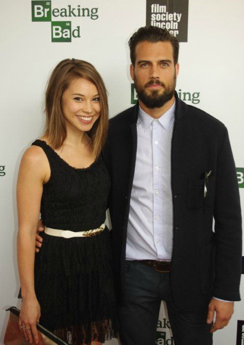Thomas Beaudoin clicking picture with his co-actor