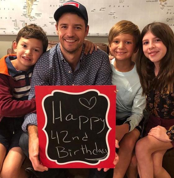 Joshua Snyder with his children