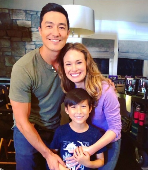 Daniel Henney with his co-actors as Simmons family in CriminalMinds show