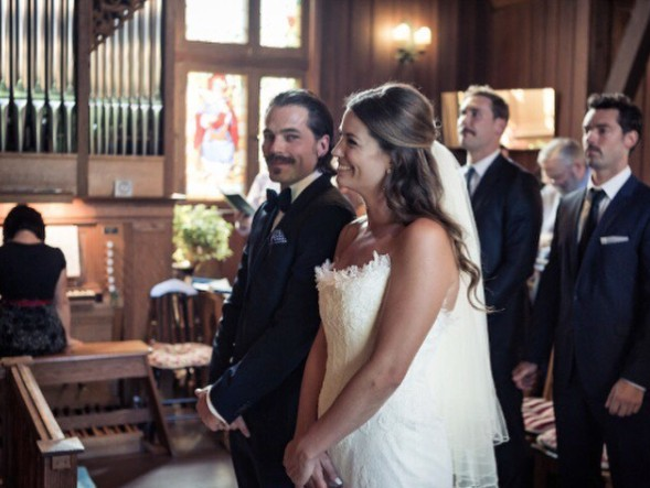 Linzey Rozon with her husband on their wedding day photo