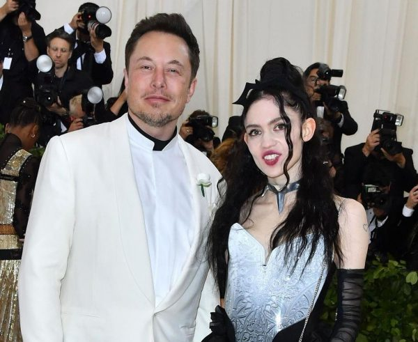 Elon Musk with his current girlfriend Grimes