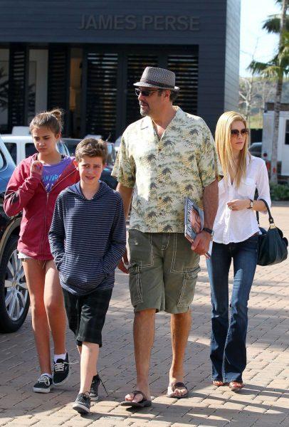 Brad Garrett's family photo
