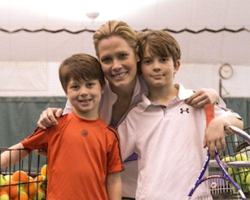 Chris McKendry with her children