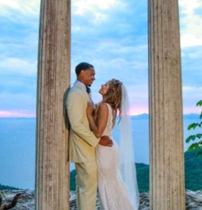 Elle Duncan wedding photo with her husband Omar Abdul Ali