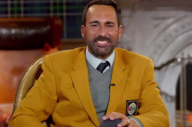 Who is American Sportscaster-Joe Tessitore married to? Does Joe Tessitore have a son who plays football? Are Joe Tessitore and Rob Riggle friends?