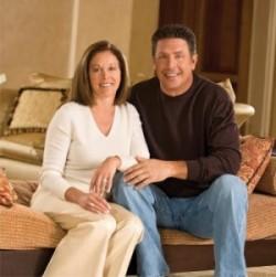 Dan Marino with his wife Claire Marino