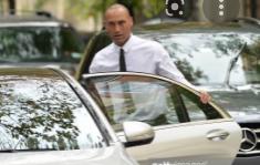 Derek Jeter with the car