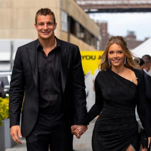 Camille Kostek with her boyfriend Rob Gronkowski